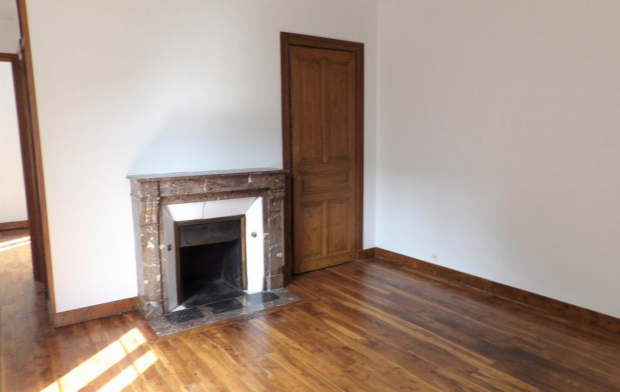 Annonces STROYES Appartement | TROYES (10000) | 42 m2 | 450 €