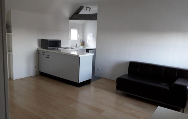 Annonces STROYES Appartement | TROYES (10000) | 30 m2 | 450 €